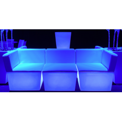 LED-Möbel-mieten-Berlin-Möbelverleih-Veranstaltung-Messebau-01
