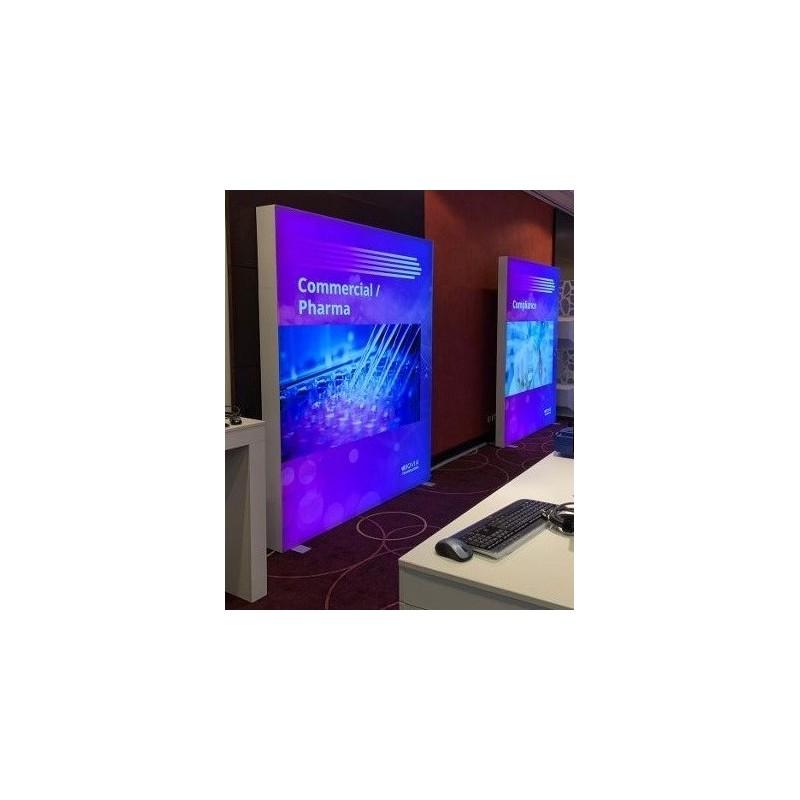 led-leuchtkasten-mieten-Berlin-LED-lightbox-leuchtwand-leuchtreklame-aufsteller-event-messe