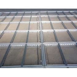 modularen-boden-mieten-Berlin-modularboden-mietboden-event-veranstaltung-mietmöbel-messebau-vermietung-02