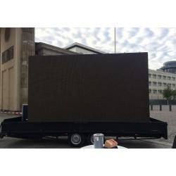 LED-Leinwand-mieten-Berlin-Möbelverleih-Event-Vermietung