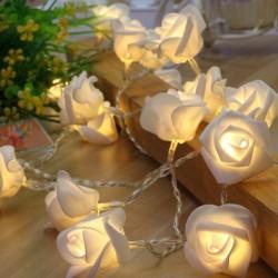 Lichterkette-Blumen-mieten-Berlin-Event-Möbelverleih-Ausstattung